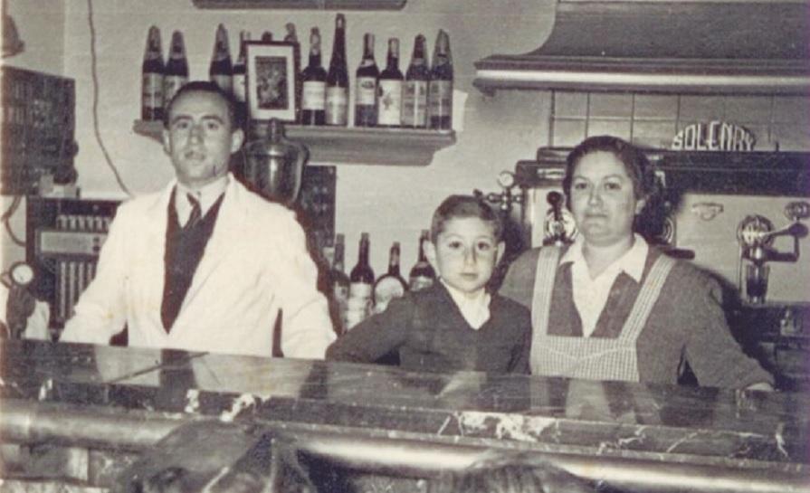 Resultado de imagen de imagenes del bar plaza de getafe