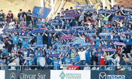 Afición y club aúpan al Geta en sus últimas batallas al ascenso