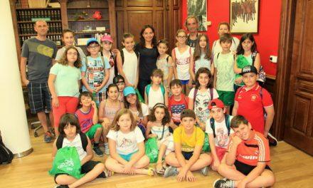 860 alumnos y alumnas de centros escolares de Getafe han visitado el Ayuntamiento durante este curso