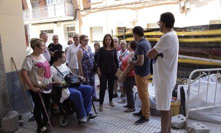 La alcaldesa realiza la última visita a las obras de mejora de los locales de salud antes de su apertura
