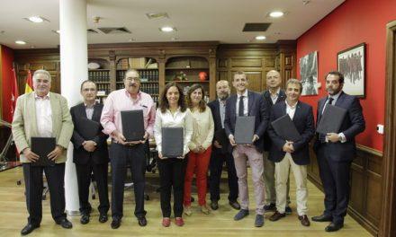 Firmados los convenios del Fondo de Industria que este año se incrementó hasta los 200.000 euros