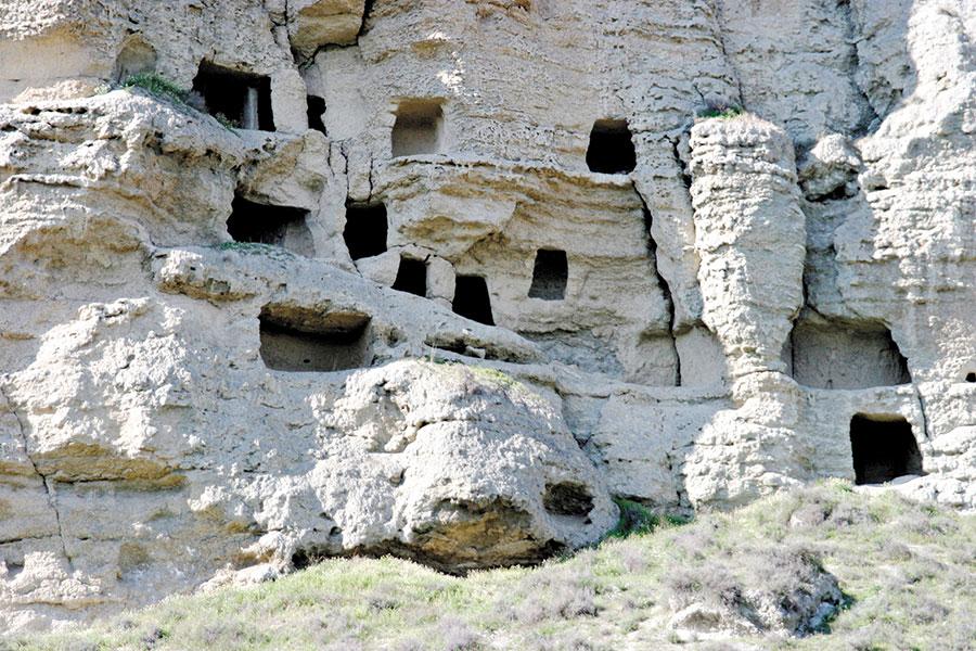 Resultado de imagen de cuevas del tajuña