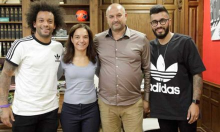 Marcelo y Caio desarrollan una nueva escuela de fútbol con niños becados por el Ayuntamiento