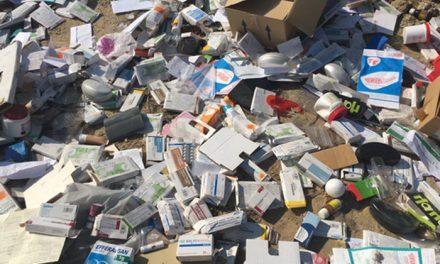 La Policía Local de Getafe investiga un vertido de productos médicos en Perales del Río