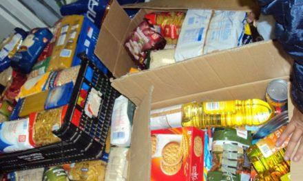 Recogida de alimentos en la VII Campaña SER solidarios Pinto