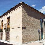 La Casa de la Cadena, Pinto