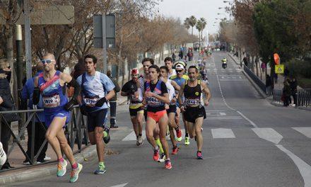 Mohamed Blal y Lucía Morales vencedores de la San Silvestre de Getafe en la que participaron más de 2000 corredores y corredoras