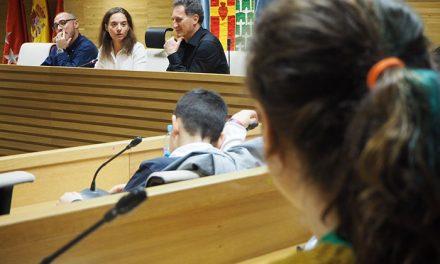 El Gobierno Municipal se reúne con la Comisión de Infancia y Adolescencia para coordinar sus proyectos durante 2018