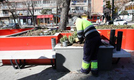 El Ayuntamiento de Getafe continúa con el Plan de Embellecimiento y Limpieza en Juan de la Cierva, Las Margaritas y Getafe Norte