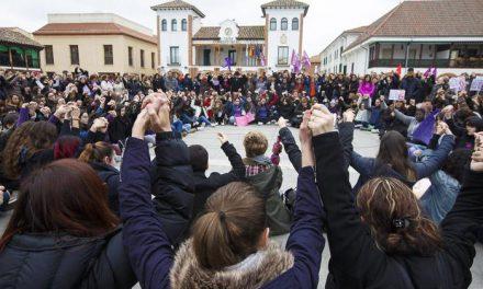 Gran éxito de la concentración del 8 de marzo en Pinto