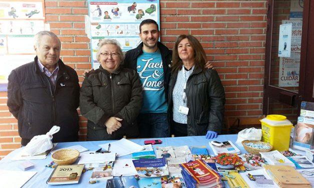 La Asociación de Diabéticos de Pinto brinda su ayuda y experiencia a madres de niños con diabetes recién diagnosticados