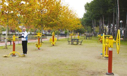 Mayores Expert@s asesorarán en el uso de aparatos de gimnasia en los parques