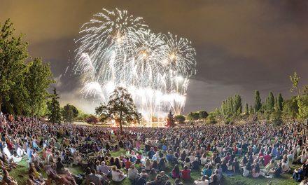 Días grandes de Fiestas con el pregón, conciertos, encierro ecológico infantil, pasacalles, autos locos y actividades infantiles
