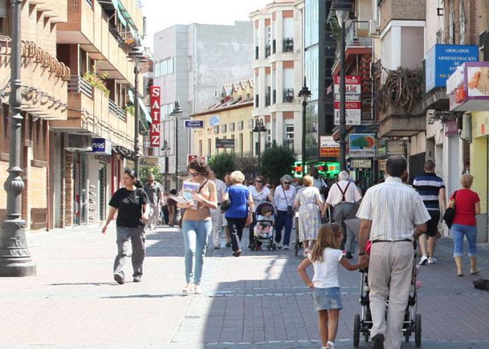 Obras de mantenimiento para mejorar la accesibilidad de la calle Madrid