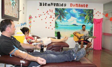 El Hospital Universitario de Getafe pone en marcha una campaña para fomentar la donación de sangre en verano