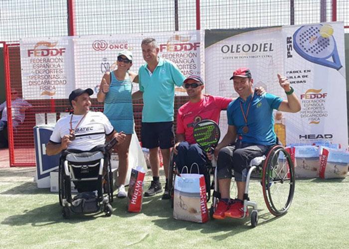 Los getafenses Óscar Agea y Diana Cantalejo se proclaman campeones de España de pádel en silla de ruedas