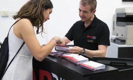 La Comunidad de Madrid distribuye a los turistas tarjetas traducidas para que informen si padecen alergias alimentarias