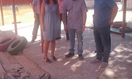 La alcaldesa visita las obras de instalación de nueva climatización y renovación de calderas en varios centros escolares de Getafe