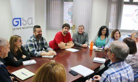 GISA se reúne con ACOEG y AJE para evaluar las pruebas y resolver dudas sobre la implantación de cámaras en las calles peatonales