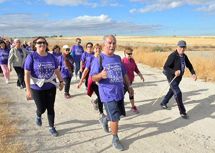 La marcha solidaria Entre Pinto y Valdemoro reúne a 400 mayores de ambos municipios