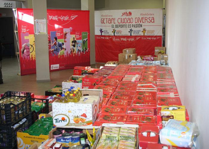 La Campaña del Deporte Solidario de Getafe recoge más de 5.800 kilos de alimentos y productos de aseo