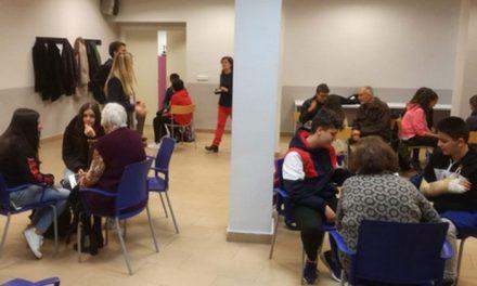 Encuentro intergeneracional entre la Casa de las Personas Mayores de Getafe y jóvenes del Instituto Menéndez Pelayo