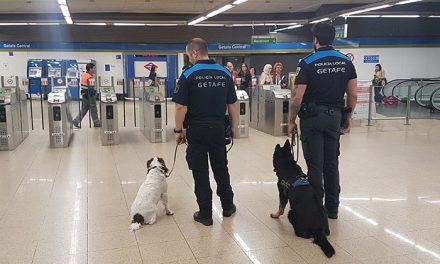 La Unidad Canina de la Policía Local crece hasta contar con 4 perros y sus agentes