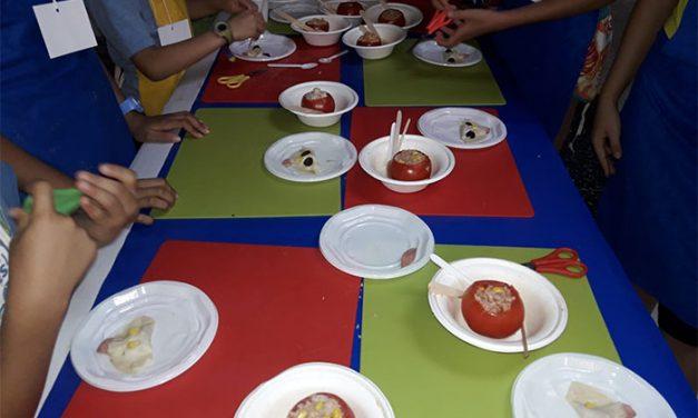 Vuelven en junio los talleres de cocina gratuitos para niños y niñas organizados por ACOEG
