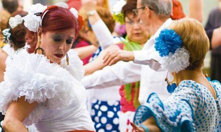 Los mayores de Pinto celebran la Feria de Abril