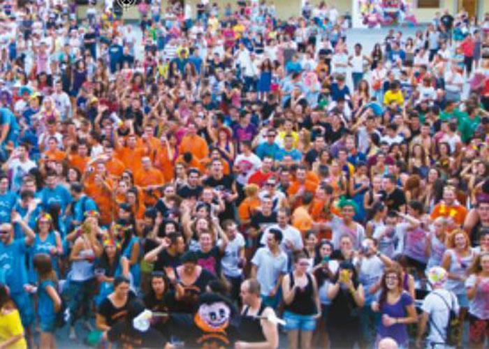 El Ayuntamiento convoca una reunión con las peñas de cara a las Fiestas de Agosto