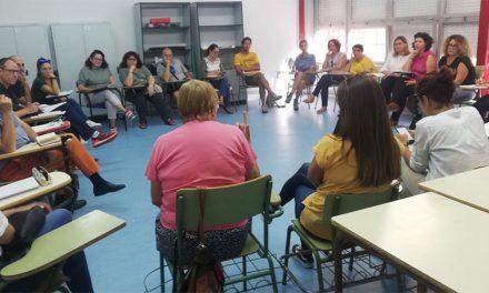 Recogida de firmas, concentración y moción para suplir las graves carencias de recursos para alumnos con necesidades educativas especiales de Getafe