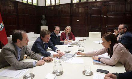 La alcaldesa de Getafe y el alcalde de Madrid retoman los cambios de término municipal