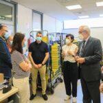 La alcaldesa de Getafe visita a los trabajadores de Correos para agradecer su solidaridad durante la pandemia