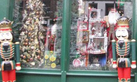 Concurso de decoración navideña en escaparates de Pinto